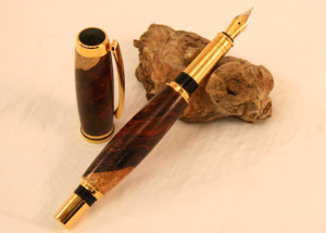 Jr. Gentleman Gold Rosewood Burl